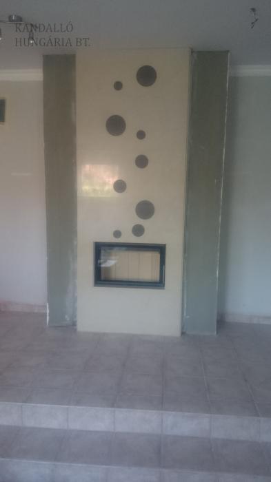 Kandalló Romotop Heat 2G tűztérrel,egyedi kőburkolattal